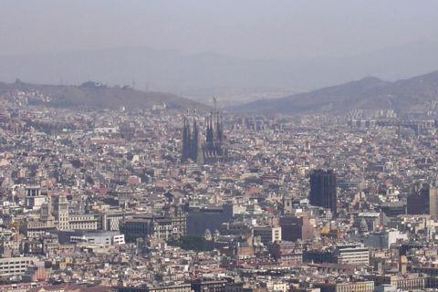 barcelona-mit-sagrada-familia.jpg